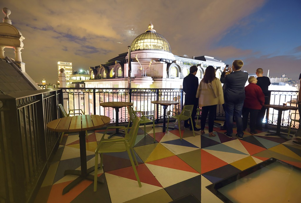 Picturehouse central cinema members bar w hiles partnership for 211 roof terrace cafe